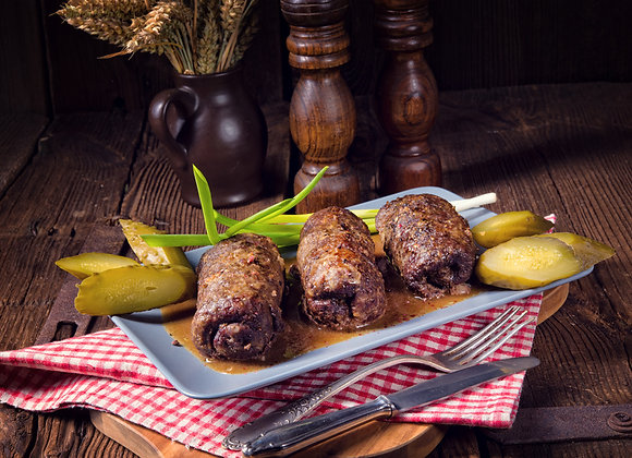 """Rinderroulade """"Hausfrauen-Art"""" mit Kartoffelknödeln und Rotkohl"""