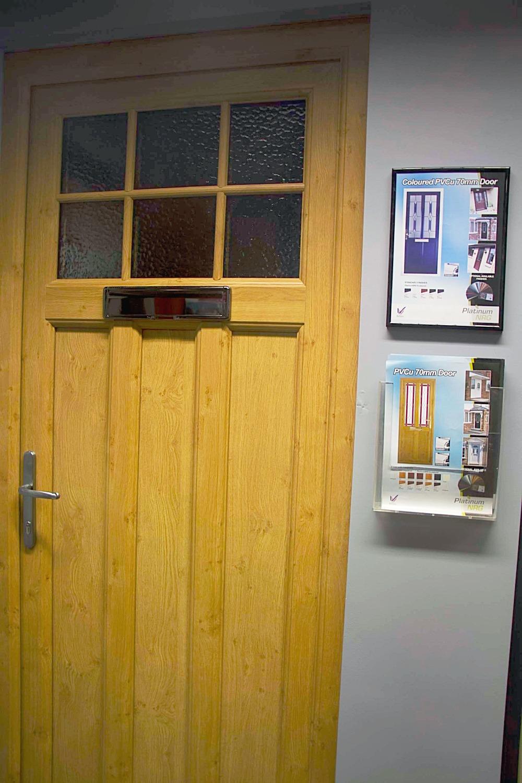 PVC Door Oak_edited