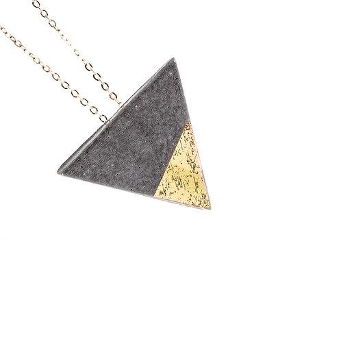 Hologramos háromszög nyaklánc