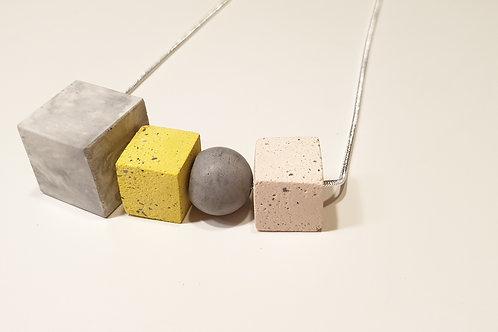 Egyedi beton nyaklánc