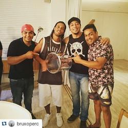 Instagram - #Repost @bruxoperc ・・・ Isso aqui é #oliveirastrio  alô @redencao_ins