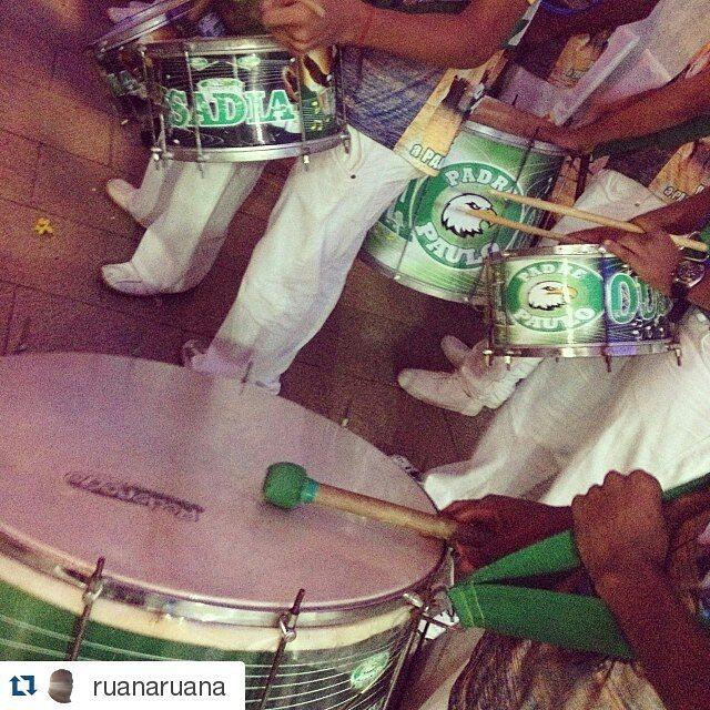 Instagram - #Repost @ruanaruana ・・・ #icaseileoejuliana #bateriaescoladesamba #Te