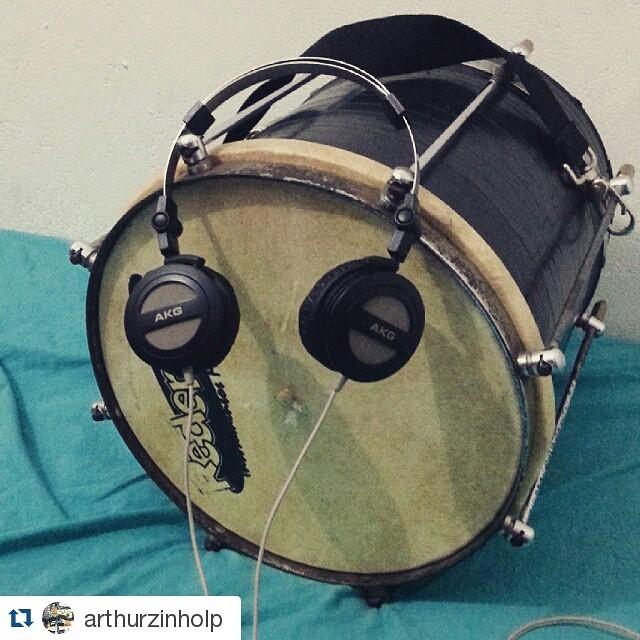 Instagram - #Repost @arthurzinholp ・・・ Minha tarde foi assim, tarde de estudos.j