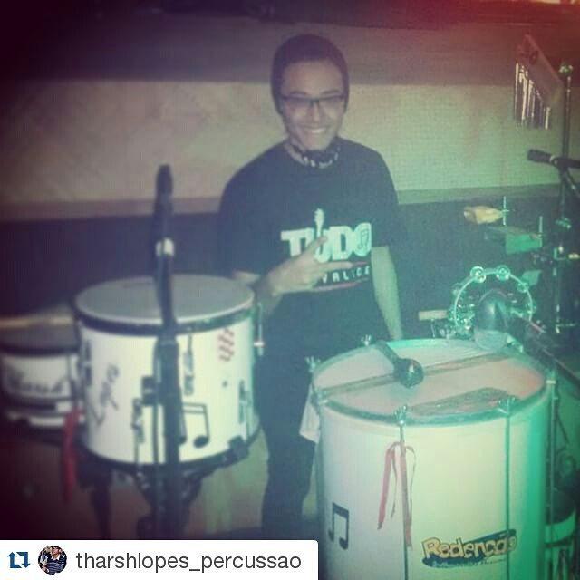 "Instagram - #Repost @tharshlopes_percussao ・・・ "" Aprendi bater samba ao compasso"