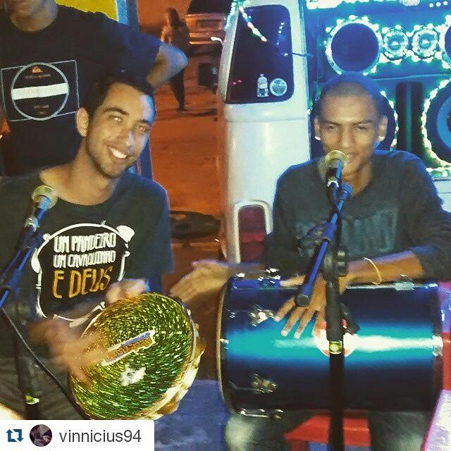 Instagram - #Repost @vinnicius94 ・・・ Ontem o Samba tava bom demais ...sempre lad