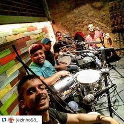 Instagram - #Repost @jezinho98_ ・・・ Grupo Alvorada 🎶 #samba #casasaojorge #csj