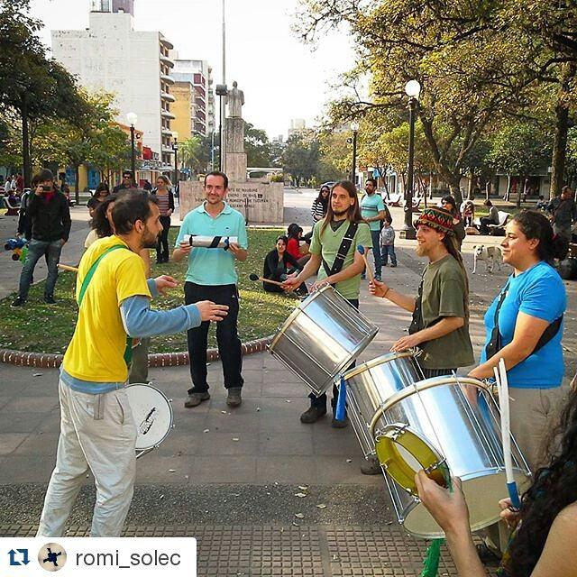 Instagram - #Repost @romi_solec ・・・ La #batucada en la #plazairigoyen #TeamReden