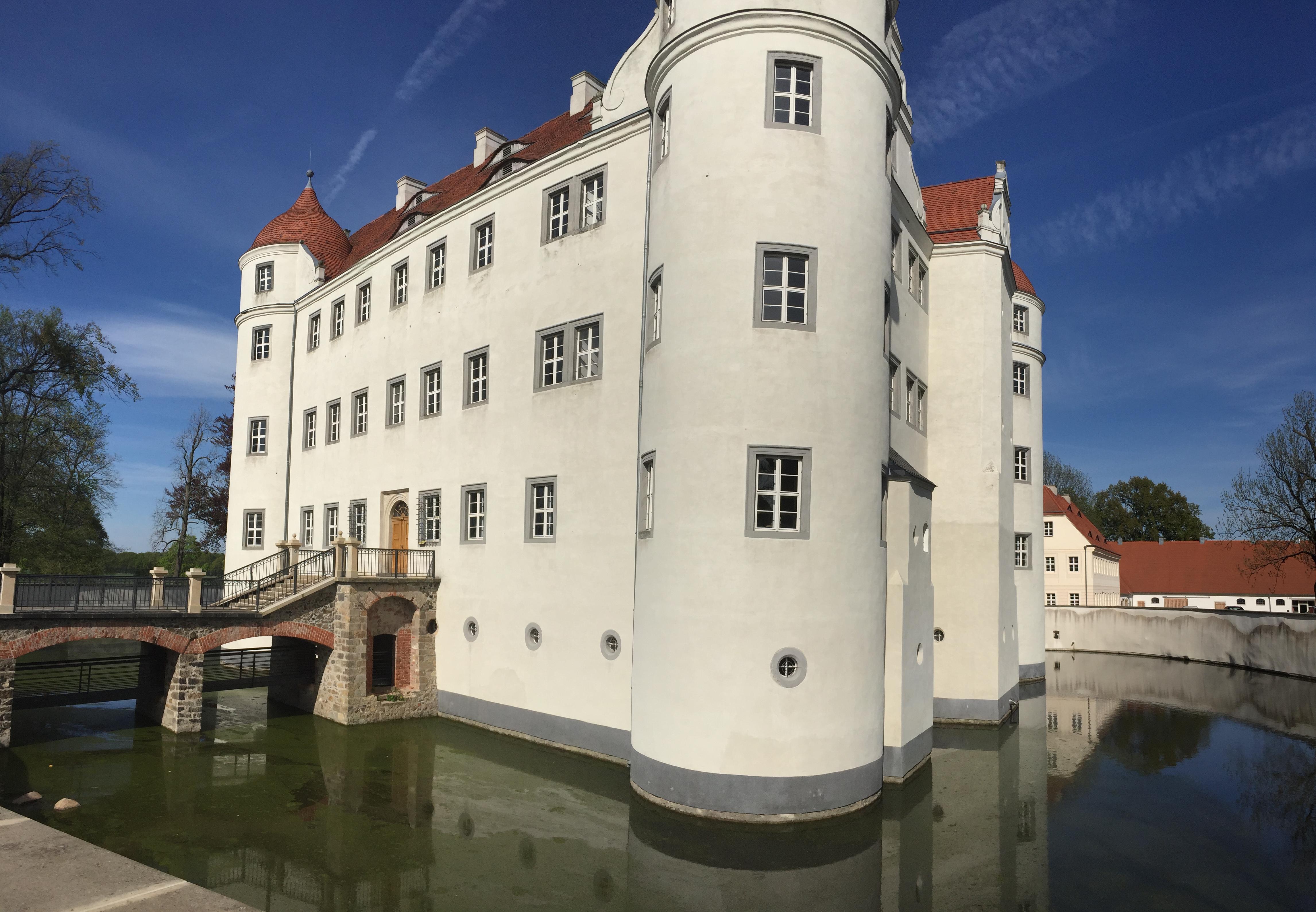 Explore the east Schloss Großkmehlen