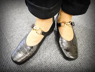 【足が甲薄の方でも安心して履ける靴】
