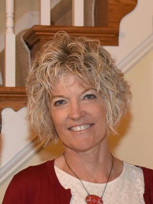 Debbie Straka