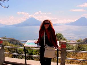 Yanardağların ortasında : Atitlan Gölü