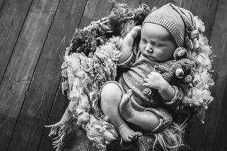 Newborn baby photographer in Bedworth ne