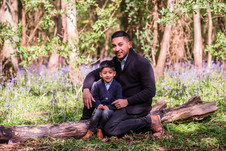 Outdoor location family portrait session