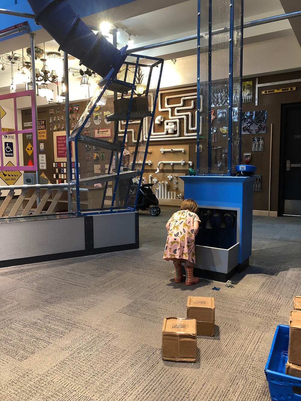child at Minnesota Children's Museum.