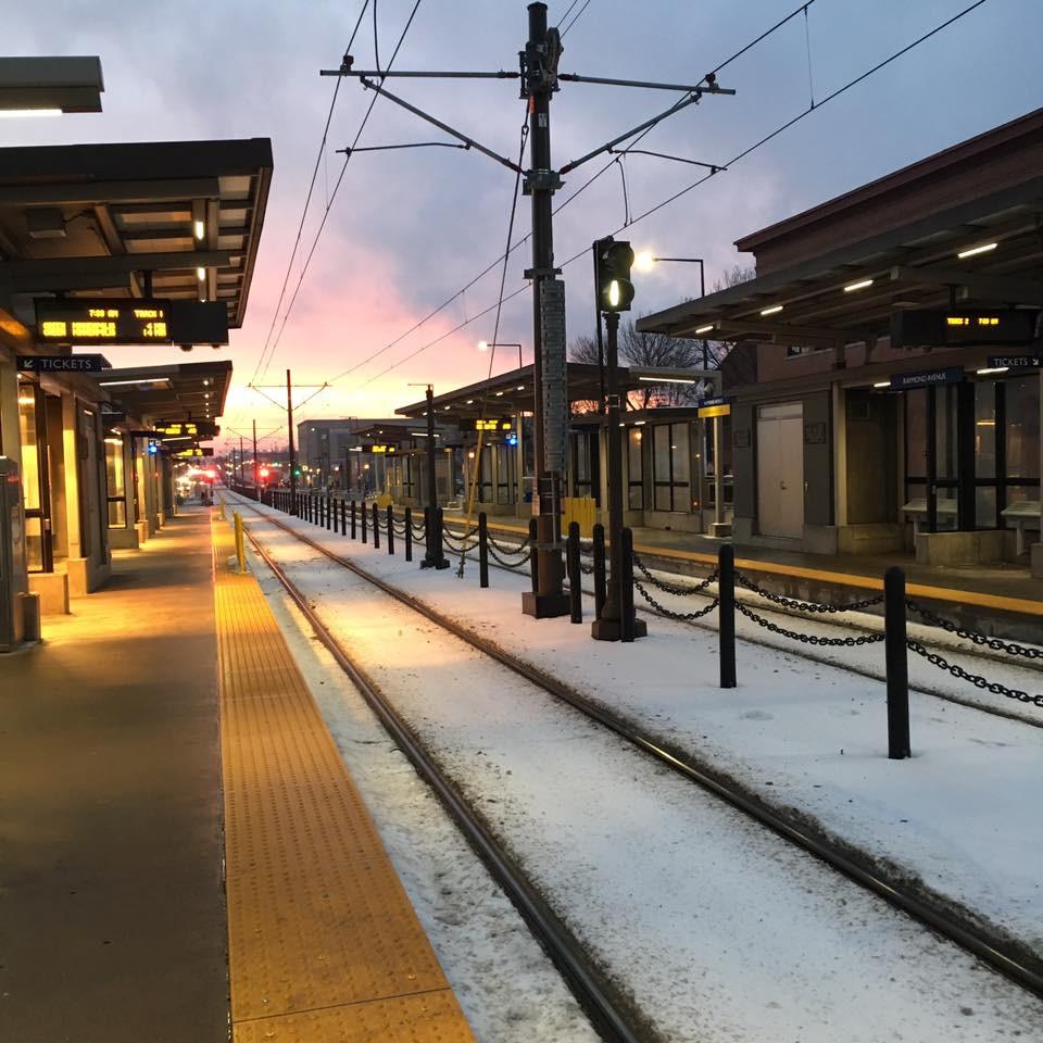 light rail train station minneapolis