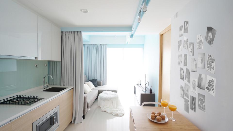 Curtain Apartment