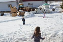 Kiddos Playing