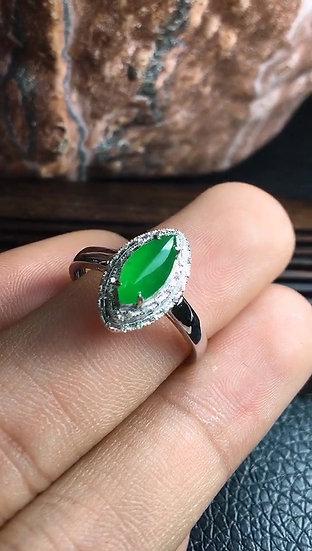 Quality Oval-shape Green Jadeite Ringwith Diamond Studs (S50020)