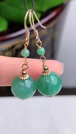 A Pair of Green Jadeite Ear Ring with 14K Gold (S50021)