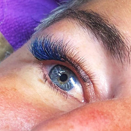 Blue & teal infill over black lashes. Su
