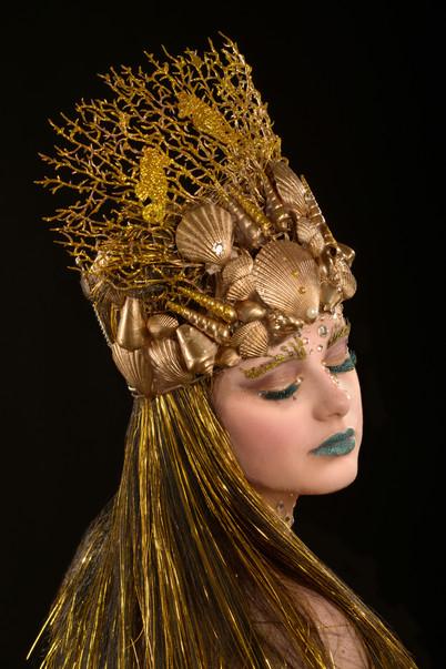 'We All Dream in Gold' Fantasy Lash Art by Cindy Nicholls.