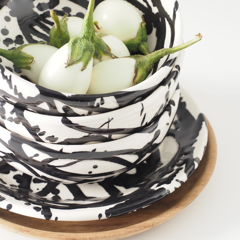 assiette-bol-arty-homata-noire.jpg