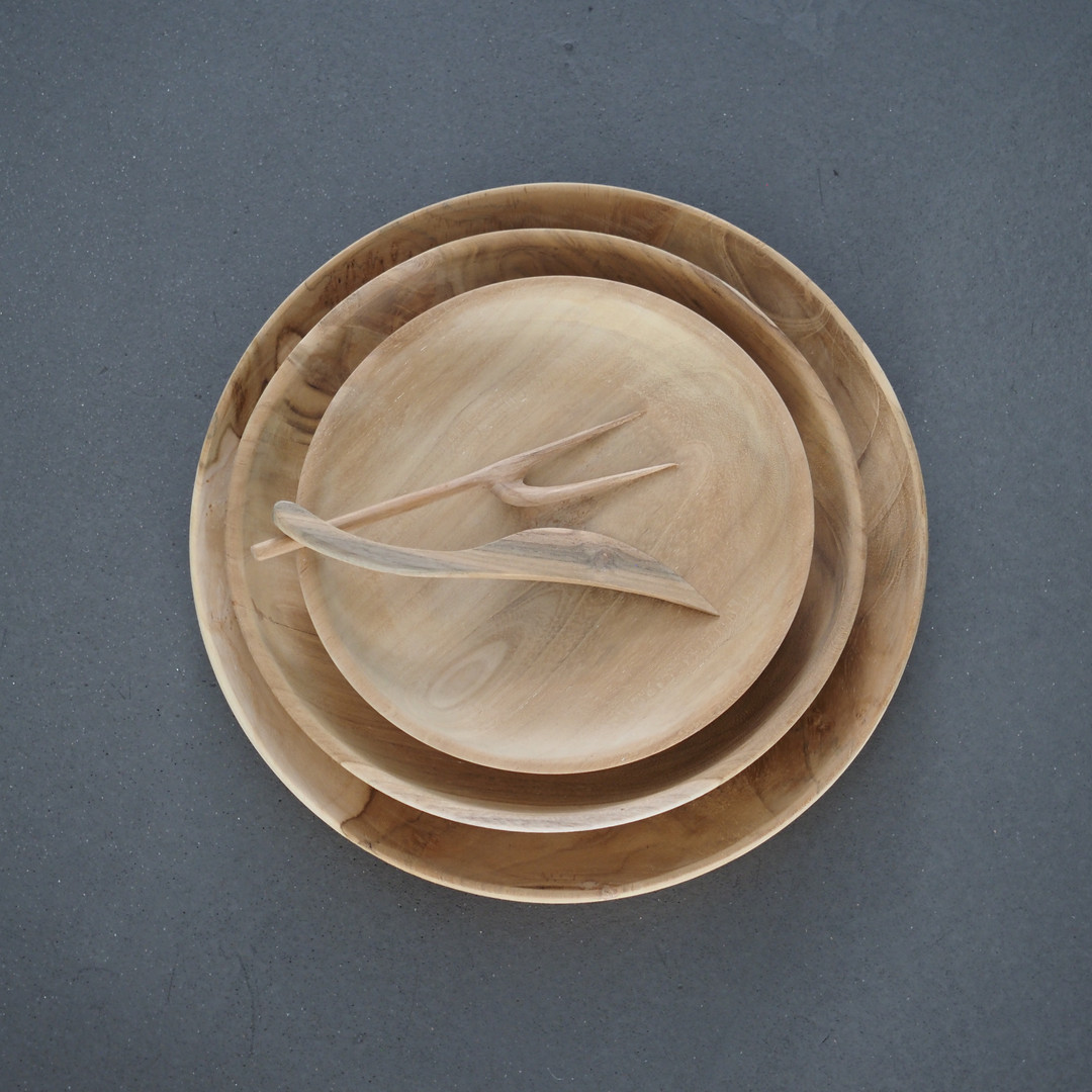 assiettes-teck-naturel-durables-muubs.jpg