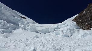 avalanche-2518679_1920.jpg