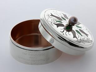 Silver Box Presented to HMQ