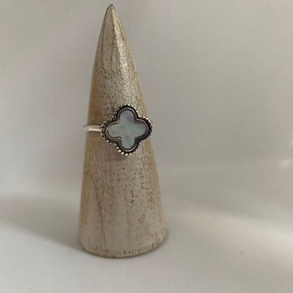 Mother of Pearl Clover Ring