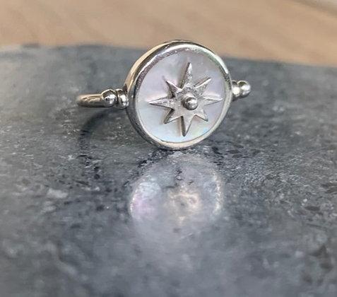 Star Spin Ring