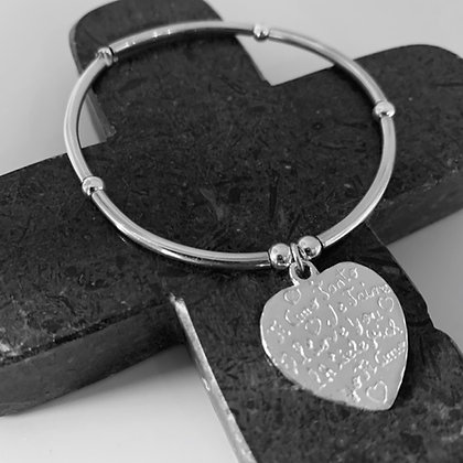 Bar bracelet with engraved heart