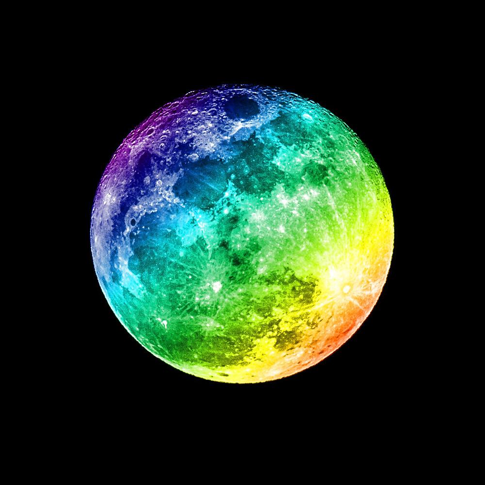 Echo, the Dream Moon