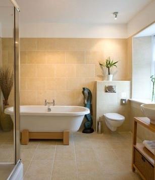 Bathroom in room 4.JPG
