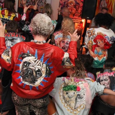 jacket art, kiki weerts, painted jackets, customized jackets, pauline weerts, dallery vriend van bavink, pacific place, amsterdam