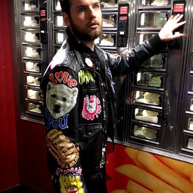 tom eijsink smeets, jacket art, smullers, kiki weerts, diagonaaltje trekken, handpainted jacket, orgaanklap