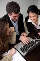 software akuntansi yang paling mudah dipelajari dengan interface yang user-friendly