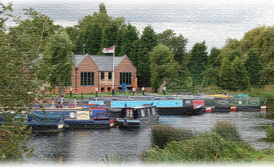 Zouch Marina is a small independent Marina especially designed for narrow beam narrowboats on a quiet backwater.