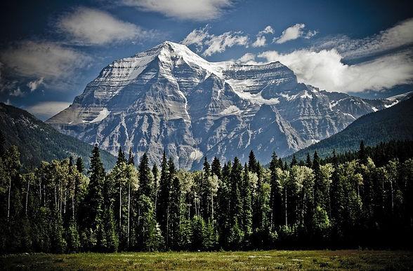 mountain-1462655_1280.jpg