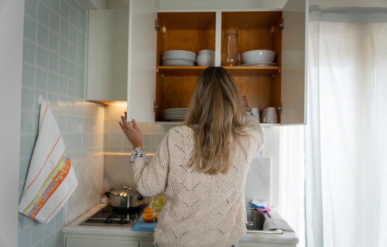 Apartmentsmallkitchenette-min.jpg
