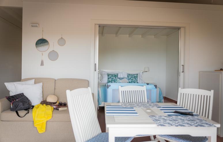 apartmentlivingroom-min.jpg