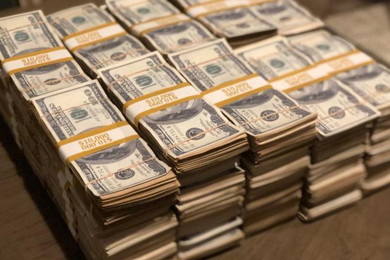 prop money.jpg