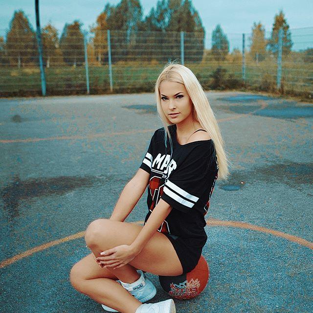 #isiglück #fashion #mood #moody #video #