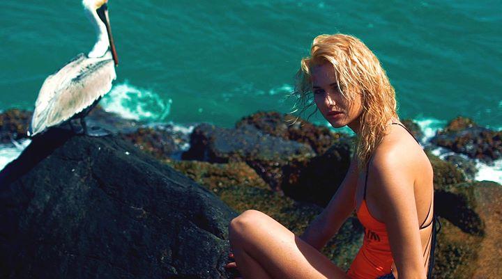 model Johanna Kleen clothes Suzanne Jennerich Kamera Dany Wild
