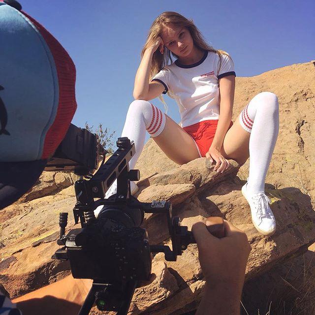 #shooting #desert #model #vintage #overk