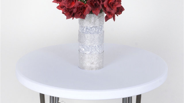 Spandex Cocktail Table Top Cover (white)