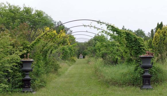 Hedgerow Farm Arbor - Tour 2021