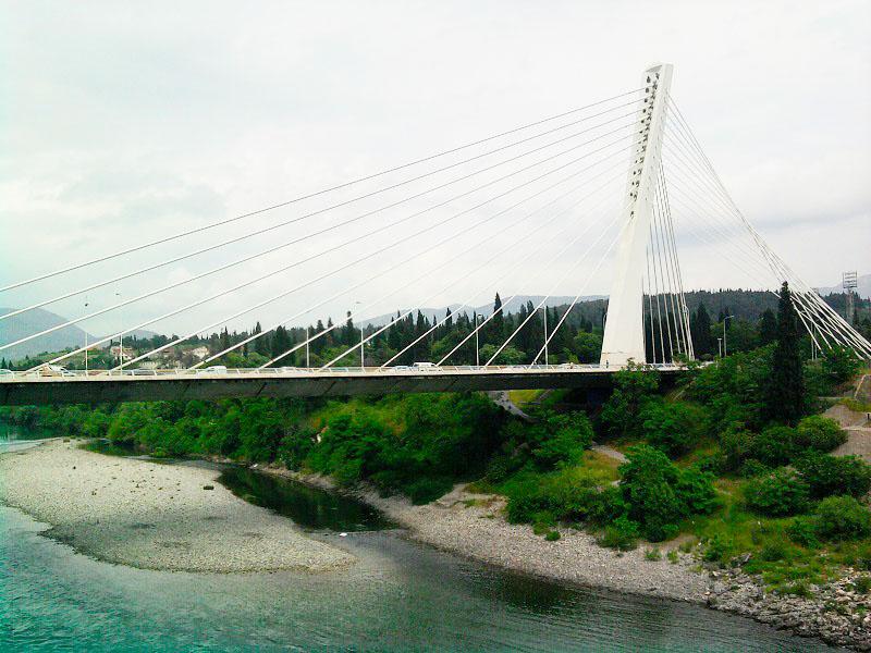 подгорица мост, символы подгорицы, столица черногории, подгорица экскурсия