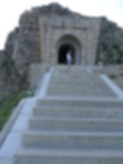 crnagoriya.com_lovcen_stepenice.JPG