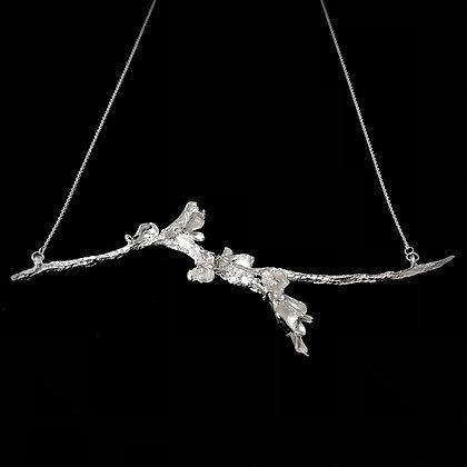 Floriate Necklace with Diamonds
